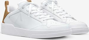 Buty sportowe Arkk Copenhagen ze skóry z płaską podeszwą