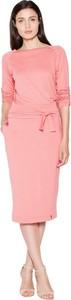 Różowa sukienka Venaton z długim rękawem