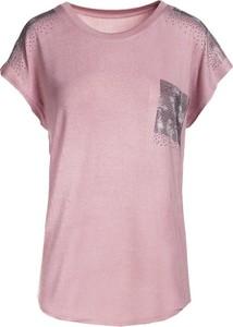 Różowa bluzka born2be w stylu casual z nadrukiem z okrągłym dekoltem