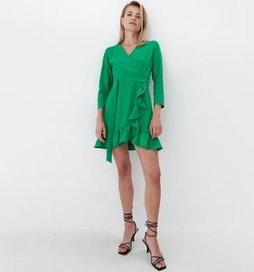 Zielona sukienka Mohito z długim rękawem mini z dekoltem w kształcie litery v