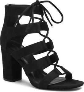 Czarne sandały DeeZee