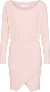 Różowa sukienka Ivyrevel w stylu casual mini prosta