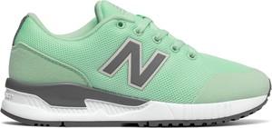 Zielone buty sportowe New Balance z płaską podeszwą