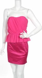Różowa sukienka Honey & Beau bez rękawów mini