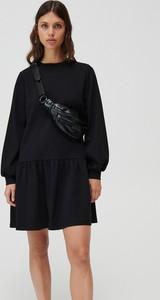 Sukienka Mohito mini z długim rękawem oversize