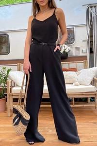 Czarny kombinezon IVET z długimi nogawkami