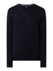 Granatowy sweter Hugo Boss