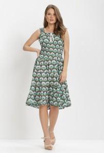 Zielona sukienka born2be z okrągłym dekoltem midi bez rękawów