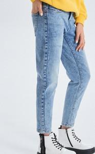 43ed6618 cropp jeansy damskie - stylowo i modnie z Allani