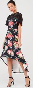 Sukienka V by Very midi z szyfonu asymetryczna