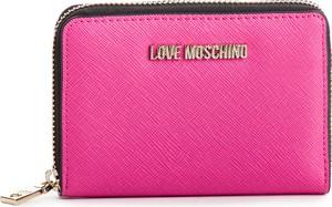 7519a46e4421d Różowy portfel Love Moschino ze skóry