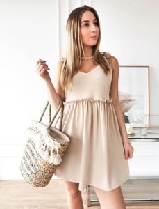 Sukienka Perfe.pl z dekoltem w kształcie litery v z bawełny