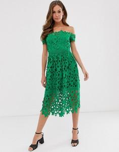 Zielona sukienka Chi Chi London midi z krótkim rękawem
