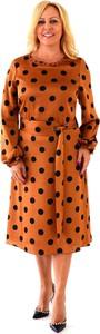 Brązowa sukienka Roxana - sukienki midi z długim rękawem