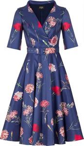 Sukienka Poza z dekoltem w kształcie litery v z krótkim rękawem z bawełny