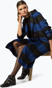 Granatowy płaszcz NA-KD w stylu casual
