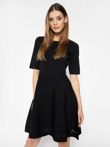 Czarna sukienka Patrizia Pepe rozkloszowana z okrągłym dekoltem z krótkim rękawem