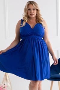 Niebieska sukienka KARKO z dekoltem w kształcie litery v trapezowa