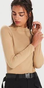 Brązowa bluzka Cropp z golfem w stylu casual z długim rękawem