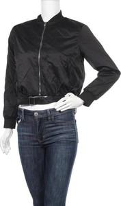 Czarna kurtka Meaneor krótka w stylu casual
