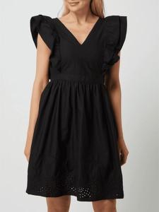 Czarna sukienka Vero Moda rozkloszowana mini z dekoltem w kształcie litery v