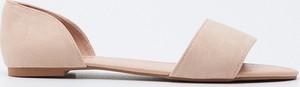Sandały Sinsay w stylu casual z płaską podeszwą