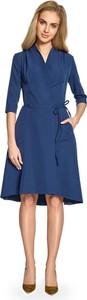 Sukienka Stylove kopertowa z dekoltem w kształcie litery v z długim rękawem