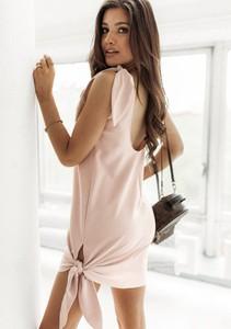 Różowa sukienka Latika z długim rękawem