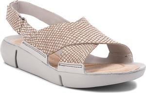 Sandały clarks ze skóry na koturnie w stylu casual