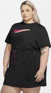 Sukienka Nike z okrągłym dekoltem w sportowym stylu