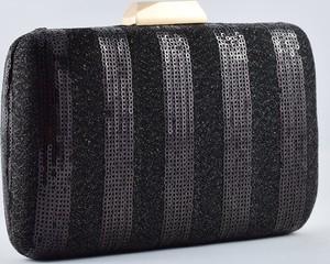 Czarna torebka KARKO mała w stylu glamour do ręki