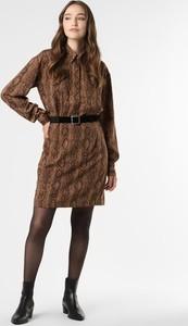Brązowa sukienka Guess z długim rękawem w stylu casual
