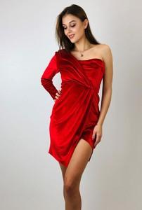 Czerwona sukienka N/A bez rękawów z asymetrycznym dekoltem mini