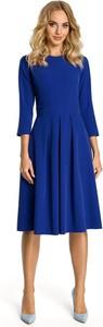 Niebieska sukienka MOE trapezowa