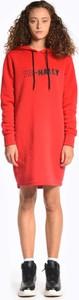 Czerwona sukienka Gate z długim rękawem z bawełny