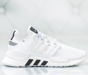 cc20fc5d Buty sportowe Adidas w sportowym stylu sznurowane
