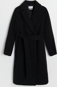 Czarny płaszcz Reserved w stylu casual z wełny