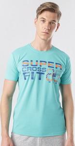 Miętowy t-shirt born2be z krótkim rękawem