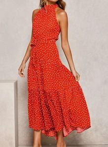 Czerwona sukienka Arilook z golfem bez rękawów