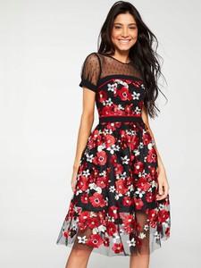 Sukienka V by Very z krótkim rękawem midi