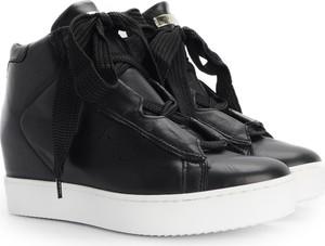 Sneakersy ubierzsie.com na koturnie sznurowane