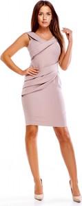 Sukienka Evema bez rękawów dopasowana