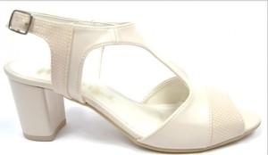 Sandały Obuwianka z klamrami