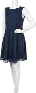 Niebieska sukienka APRICOT bez rękawów z okrągłym dekoltem mini