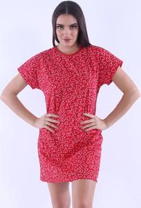Czerwona piżama Nelly