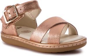 b00a41d1425c buty letnie clarks - stylowo i modnie z Allani