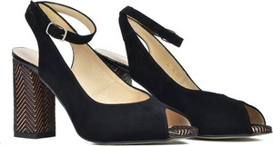 Czarne sandały Gamis na średnim obcasie z klamrami z zamszu