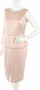 Różowa sukienka Apart z okrągłym dekoltem