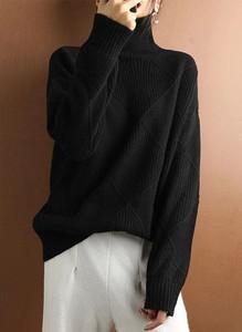 Czarny sweter Arilook z dzianiny