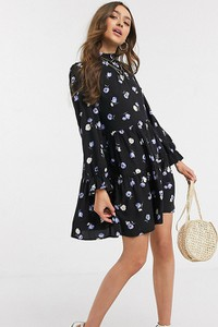 Czarna sukienka New Look Petite z długim rękawem
